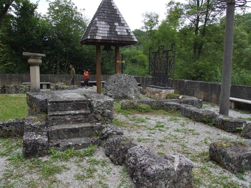 Ruine Anhausen - ein Ort der Besinnung   - © Quelle: Antje Kunz