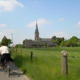 Kirche Dornbusch (Pfingsten 2010)