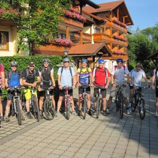 Startaufstellung beim Hotel Brunner in Arnschwang