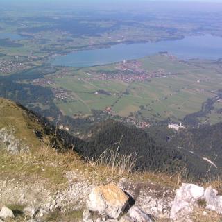 Blick vom Gipfel über die Schlösser