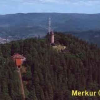 Merkur mit Bahn