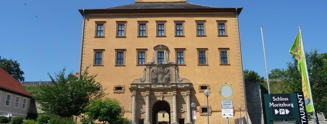 Schloß Moritzburg Zeitz: Toreinfahrt