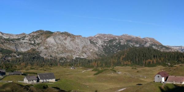 Die Landschaft rund um die Sonnschienhütte