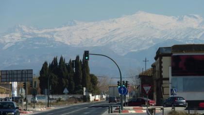 La Alcazaba, Mulhacén und Pico de la Veleta von Norden (v.li.)