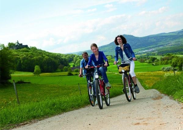 Radfahren im Hegau mit tollen Ausblicken