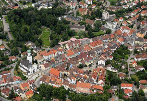 Luftbild der Oberstadt von Stockach