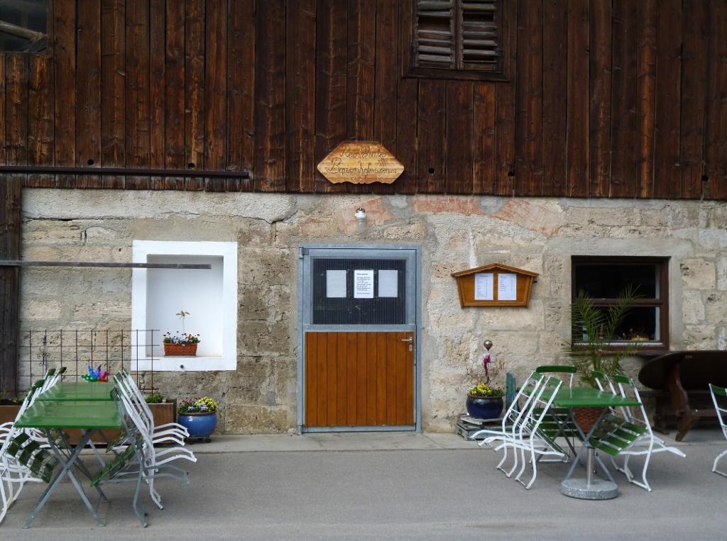 Das Reinthaler Bauernhofmuseum - direkt daneben befindet sich das Museumscafé. (Monika Heindl)