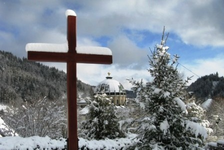 Höchenschwand: Winter hike to the cathedral city of St. Blasien