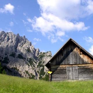 Löger Hütte 1370 m