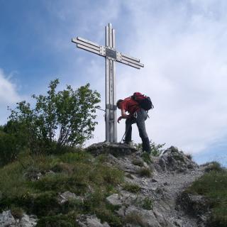 Gipfel des Monte Censo 1012 Hm