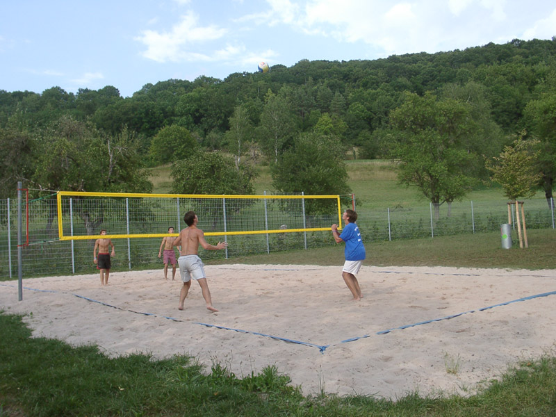Beach-Volleyball im Freibad   - © Quelle: Stadt Vellberg