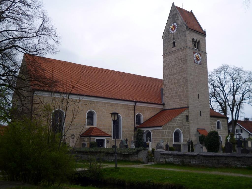 Die Pfarrkirche St. Magnus in Huglfing. (Monika Heindl)
