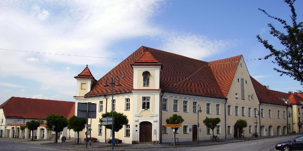 Unteres Schloss am Marktplatz Arnstorf