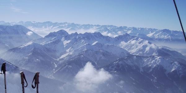 Aussicht vom Gipfel.