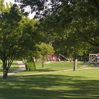Spielangebote im Gysenbergpark.