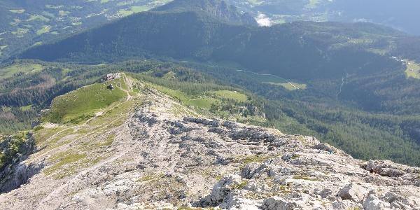 Blick vom Hocheck auf Watzmannhaus und Berchtesgaden