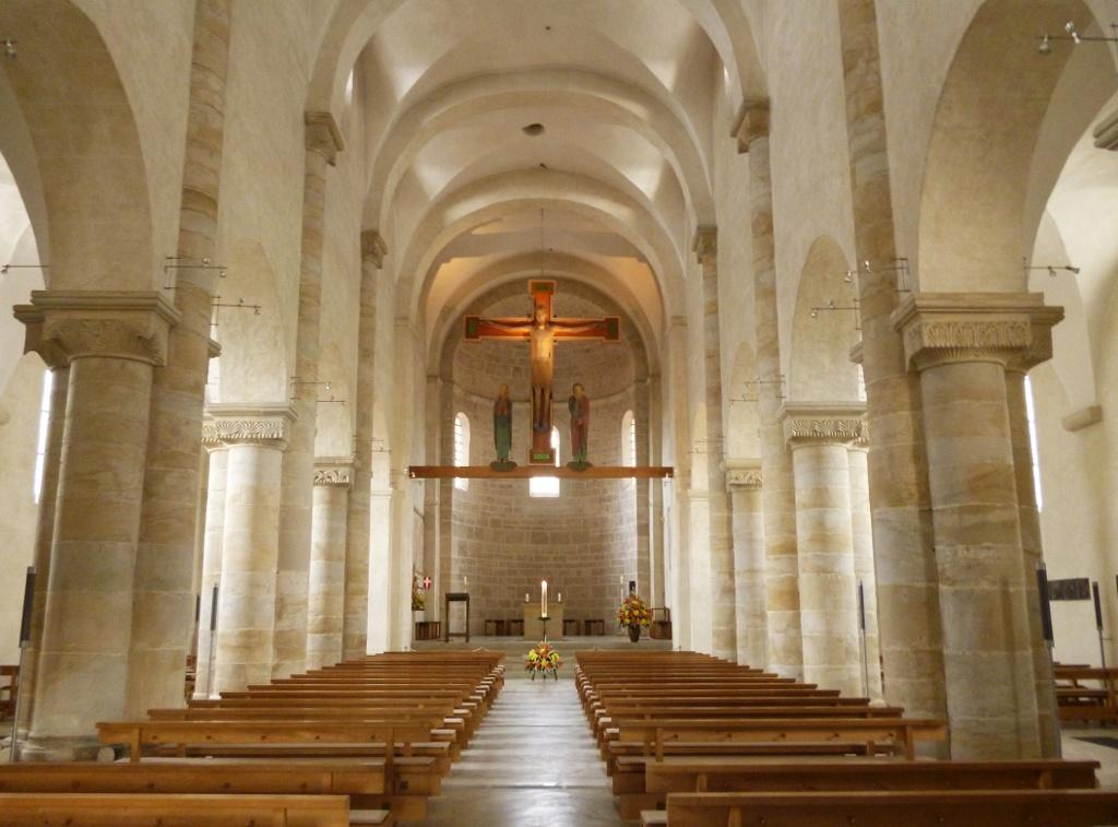 Der Innenraum der Romanischen Basilika. (Monika Heindl)