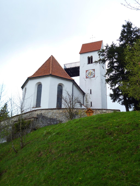 Die St. Georgs Kirche auf dem Auerberg. (Monika Heindl)