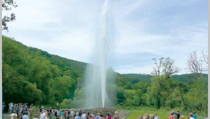 Der Geysir Andernach (früher Namedyer Sprudel) ist der größte Kaltwassergeysir der Welt.