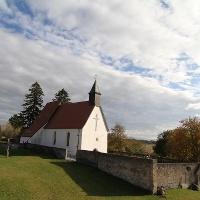 Gruorn Kirche und Friedhof