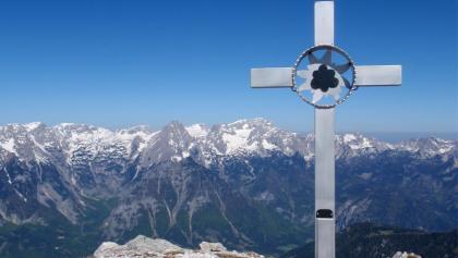 Gipfelkreuz Kaminspitze 2333m