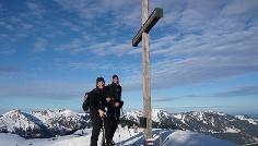 Am Gipfel des Bleicher Horn im Winter
