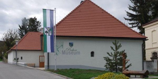 Pechermuseum Hernstein aussen