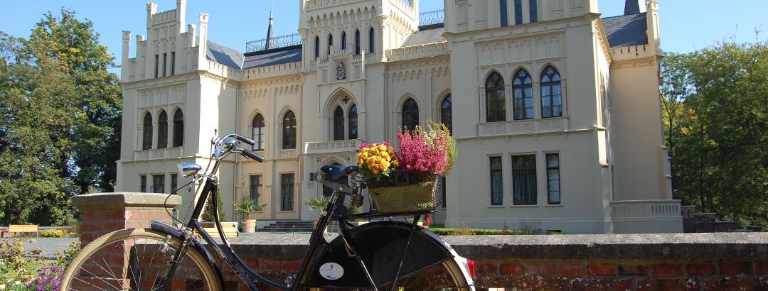 Ein geschmücktes Fahrrad