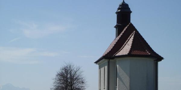 Haldenbergkapelle über Ailingen