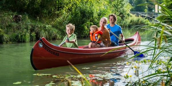 Bootsfahrt im Wasserpark Tulln