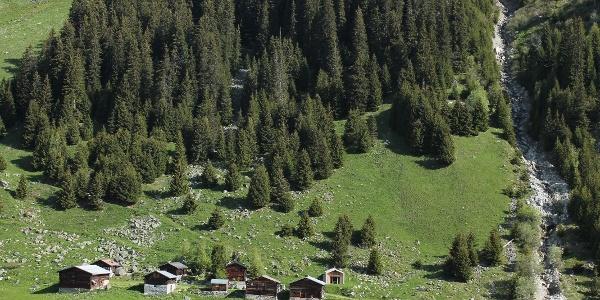 Maiensässe im Val Bugnei