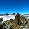 Gipfelpanorama mit Gemsspitze.