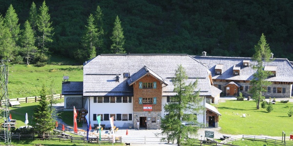 Naturfreundehaus Kolm Saigurn - Sonnblickbasis