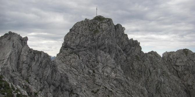 Gipfelturm des Rauhhorns.