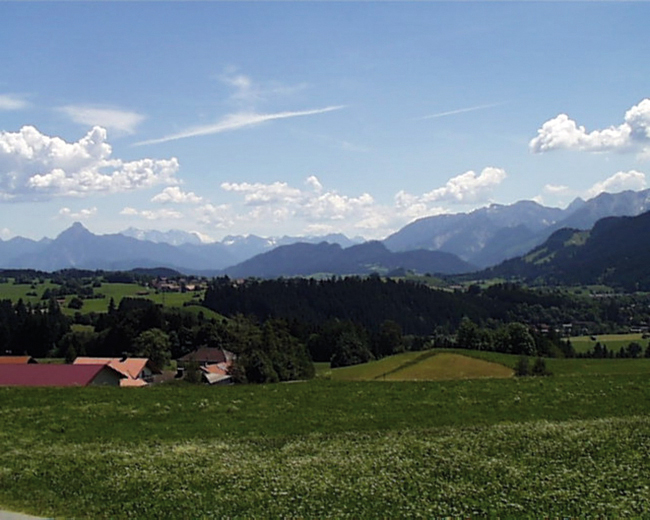 Immer wieder können wir unseren Blick über die Landschaft schweifen lassen.  - @ Autor: Gemeinde Oy-Mittelberg  - © Quelle: Outdooractive Redaktion