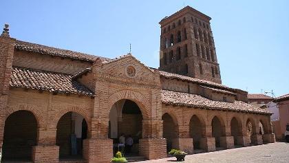 Sahagun ist bekannt für seine Ziegelbauten im Mudejarstils wie die Kirche San Lorenzo.