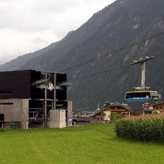 An der Talstation der Ahornbahn.