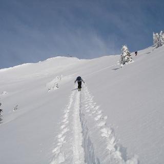 Der Gipfel der Rotwand wird auch von Skitourengehern gerne angesteuert.