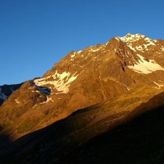Sonnenaufgang am Seeblaskogel