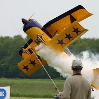 Flugmodelle: Spaß zum Bauen, Fliegen und Zuschauen