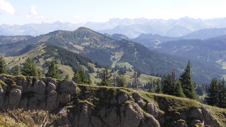 Blick auf den Alpenhauptkamm.