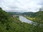 Foto Von der Winkeaussicht genießt man weitläufige Blicke über die Elbe