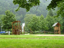 Foto Sprung-Spielplatz am Elbufer