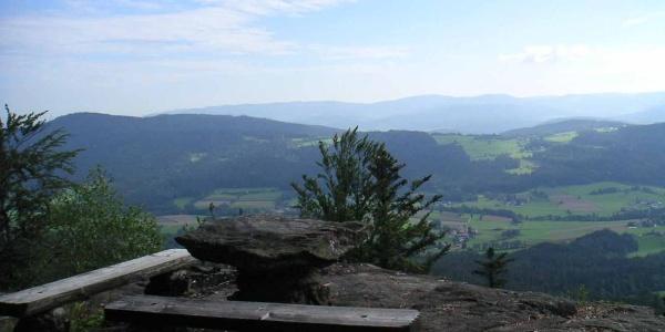 Die Aussicht vom Plattenstein können wir auch im Sitzen genießen.