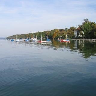 Am Ostufer des Starnberger Sees.