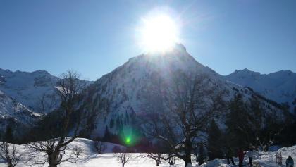 Schwarzenberghütte im Winter.