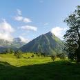 Ausblick an der Schwarzenberghütte auf den Giebel