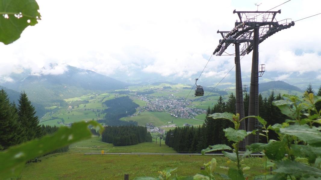 Ausblick von der Karkogelhütte