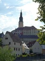 Foto Blick auf Weesenstein mit dem gleichnamigen Schloss