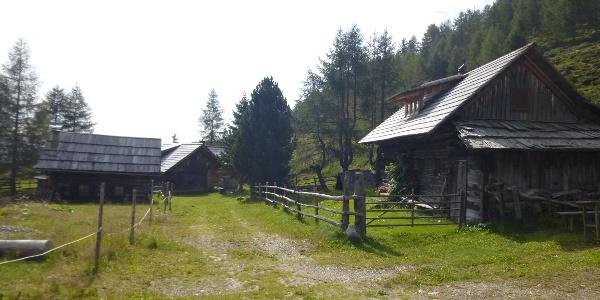 Parkplatz bei der Kohlweiß Hütte